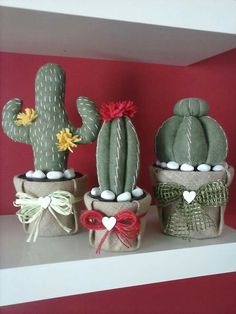 Cactus flower – Home Decor Gardening Flowers Felt Flowers, Diy Flowers, Fabric Flowers, Flower Diy, Cute Crafts, Felt Crafts, Fabric Crafts, Cactus Craft, Cactus Decor