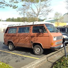 Rather tired VW Vanagon spotto in N. Vancouver.