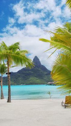 Bora Bora Beach, Tahiti.
