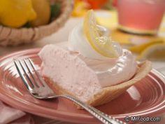 Pink Lemonade Pie #Recipe #Dessert lemonade stands, no bake pies, no bake desserts, lemonad pie, food coloring, cheesecak, pink lemonade pie recipe, pie recipes, summer treats