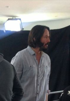 Keanu Reeves in Chile to film new movie - Knock Knock 2014