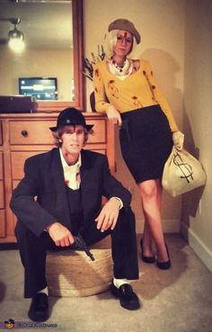 Hallowen Costume Couples Bonnie and Clyde Couple Halloween Costume Idea Disney Halloween, Original Halloween Costumes, Halloween Vintage, Cute Couple Halloween Costumes, Last Halloween, Halloween Costume Contest, Pop Culture Halloween Costume, Diy Halloween Costumes, Halloween Cosplay