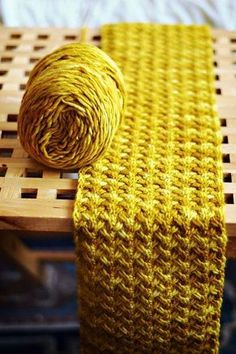 Love this stitch. plus free pattern - Ravelry: Shifting Sands Scarf pattern by Grumperina