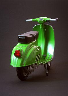 Vespa 50 Special 1972   Flickr - Photo Sharing!