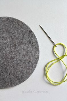 How to crochet edge felt