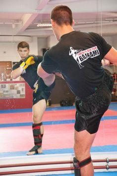 Kampfsportschule Bajrami Luzern Kickboxtraining
