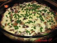 Ciuperci cu sos de smantana la cuptor - Rețetă Petitchef Romanian Food, Yams, Cheeseburger Chowder, Mashed Potatoes, Stuffed Mushrooms, Goodies, Food And Drink, Veggies, Gluten Free