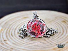 ELDARIEL echte Blüten Elfen Kette GlasKugel Rot von Schloss Klunkerstein - Retro Uhren & Unikat Schmuck - selbst hergestellter Designerschmuck für außergewöhnliche Menschen. Naturschmuck, einzigartige Geschenke und antike Vintage Raritäten voller Geschichte! auf DaWanda.com