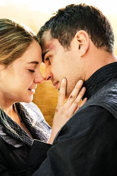 Shailene Woodley and Theo James and Tris and Four
