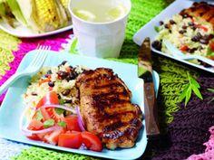 Sydstatsgrill med cajunris, kotlett och grillad majskolv Pork, Chicken, Meat, Red Peppers, Kale Stir Fry, Pork Chops, Cubs