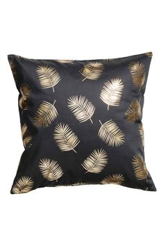 Anthracite gray& Cushion cover in cotton twill with a shimmery, printed leaf pattern and concealed zip. Decorative Cushions, Scatter Cushions, Cushions On Sofa, Cushion Covers, Pillow Covers, Diy Pillows, Throw Pillows, Living Room Green, H&m Home