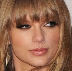 Veja quais produtos usar para reproduzir este lindo make de Taylor Swift!