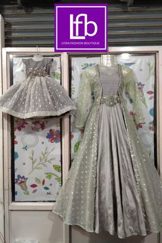 Girls Dresses Sewing, Frocks For Girls, Dresses Kids Girl, Mom Daughter Matching Dresses, Mom And Baby Dresses, Kids Blouse Designs, Bridal Blouse Designs, Baby Frocks Party Wear, Beautiful Pakistani Dresses