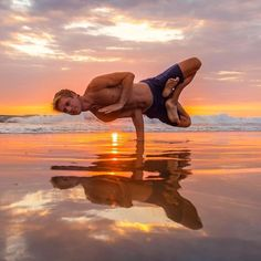 - yoga inspiration yoga for beginners yoga poses yoga poster yoga photography yoga for weight loss yo - Yoga Poses For Men, Yoga Poses For Beginners, Yoga For Men, Pranayama, Parkour, Asana, Yoga Inspiration, Physical Fitness, Yoga Fitness