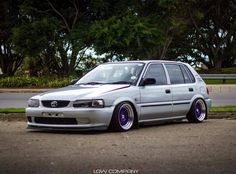Best classic cars and more! Toyota Starlet, Best Classic Cars, Toyota Cars, American Rappers, Toyota Corolla, Beach Bum, Cool Cars, Automobile, Bike