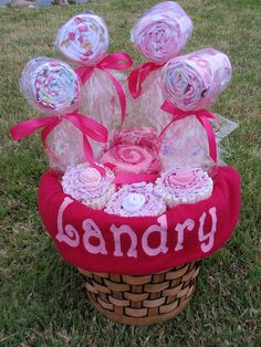 Baby Shower Cupcakes & Lollipops made out of Burp Cloths / Wash Clothes and Baby Blankets