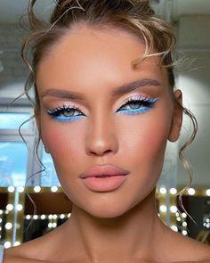 Unique Makeup, Creative Makeup Looks, Sexy Makeup, Blue Makeup, Flawless Makeup, Pretty Makeup, Beauty Makeup, Barbie Makeup, Evening Makeup