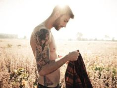Moving On From The Fact He's Gorgeous ... I Like His Tatt. Oh And His Face. And Body. And, Just Him.