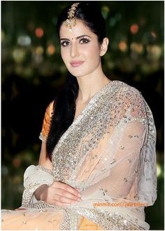 katrina kaif in beautiful #saree & maang tikka jewelry