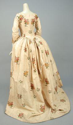 fripperiesandfobs: Robe à l'anglaise, 1770's ... - Ice Cream Cake