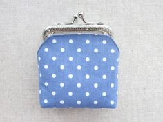 Sewing a Charming Mini Purse with a Clasp – a free tutorial on the topic: Cutting & Sewing ✓DIY ✓Steps-By-Step ✓With photos Diy Coin Purse, Coin Purse Pattern, Coin Purse Tutorial, Wallet Tutorial, Wallet Pattern, Tote Pattern, Diy Tutorial, Tutorial Sewing, Pattern Fabric