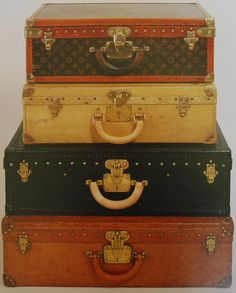 Vintage_Luggage_briefcases_from_England