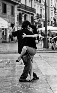 Dancing Tango in the street