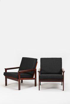 2 Illum Wikkelsø 'Capella' Lounge Chairs