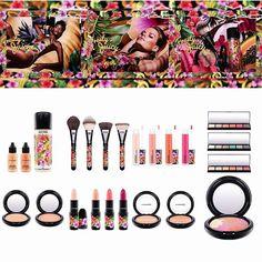 🍎🍍🍌A nova coleção Fruity Juicy da Mac para o verão de 2017 está maravilhosa!! Mais de 20 produtos lindos em tons tropicais (fora a campanha linda). Infelizmente ainda sem previsão para o Brasil. @maccosmetics  #beauty #maquiagem #beleza #makeup #blogger #brasil #pink #bloggerstyle #fashionblogger #fashiongram #blog #glam #blogueirasbrasil #saopaulo #fashion #moda #trendy #style #blogueira #vidadeblogueira #instablog #panelaobgs #soubgs #inxtalove #pinit #maccosmetics #blogueirasever…