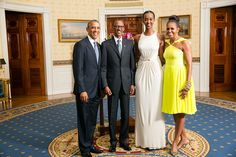 Rwandan President's daughter Ange Kagame makes tall men look short! In the pix are. Barack Obama, President Paul Kagame of Rwanda, Ange Kagame(the first daughter of Rwanda) Michelle Obama Tall Taller Tallest. Michelle Und Barack Obama, Barack Obama Family, Michelle Obama Fashion, Obamas Family, Black Presidents, American Presidents, American History, American Women, Native American