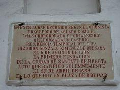 Placa conmemorativa de la fundación de Bogotá