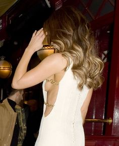 Kate's sideboob Casio is calling Kate Beckinsale Hot, Beautiful Female Celebrities, Beautiful Ladies, Bikini Pictures, Jennifer Aniston, Woman Crush, Celebs, Actresses, Lady