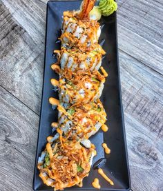 I love sushi Cute Food, I Love Food, Good Food, Yummy Food, Sushi Recipes, Healthy Recipes, Dessert Chef, Food Goals, Aesthetic Food