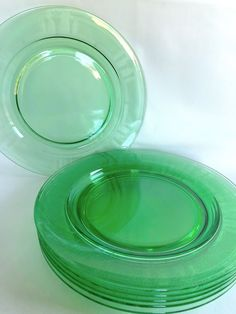 8 Fostoria Beverly Green URANIUM GLASS Plates, 1920s EDWARDIAN Depression Glass w Deco Etch Green Glass, Anchor Hocking Cameo Green Plates Hollywood Regency Decor, Fostoria Glass, Green Plates, Shades Of Blue, Anchor Hocking, 1920s, Dishes, Tableware, Etsy