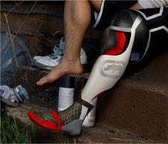 Most attractive prosthetic leg I've ever seen!   Ecko Unltd. Prosthetic Leg by Jordan Diatlo, via Behance