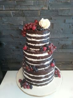 Naked Cake. Idream Designs