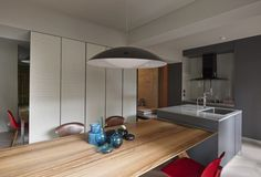 The Crossover designed by Ganna Design 8 homes inspirations and more visit: www.yourhouseidea.com #kitchen #kitchendesign #kitchendecor #housedesign #interior #houseidea  #housedesigns