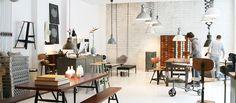 PLY is a great interior studio in Hamburg-Ottensen selling original vintage furniture, as well as new designer pieces! Worth a visit! // Hamburger Möbelstudio in Ottensen. Hier findet man neben original Vintagestücken auch tolle moderne Klassiker. Am besten gleich mit Autoanhänger kommen :)