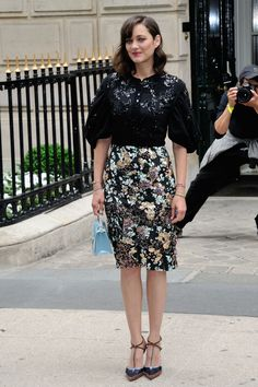 Marion Cotillard in Christian Dior at the Christian Dior F/W 2016 Paris Haute Couture Fashion Show