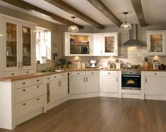 Kitchens - Burford Gloss Cream – Burford – Kitchen Families – Kitchen Collection – Howdens Joinery Co - Kitchen Renovation, Kitchen Collection, Home Decor Kitchen, Kitchen Decor, Country Kitchen, Kitchen Remodel, Kitchen Diner, Kitchen Design, Kitchen Interior