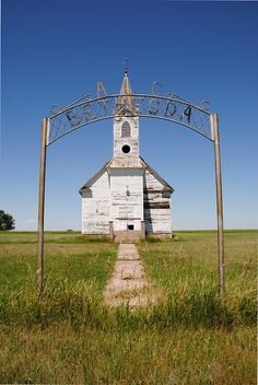 Love this picture - somewhere in North Dakota.