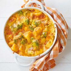 ESSEN & TRINKEN - Kartoffel-Broccoli-Auflauf Rezept