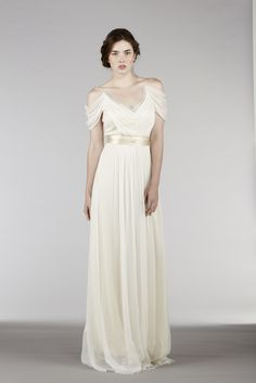 Ethereal Wedding Dress is truly romantic. It's perfect for the brides searching for the outdoor wedding dresses, destination wedding dresses, alternative wedding dresses, non traditional wedding dresses, and ethereal wedding dresses. Ethereal Wedding Dress, Outdoor Wedding Dress, Pretty Wedding Dresses, Alternative Wedding Dresses, Wedding Dress Chiffon, 2015 Wedding Dresses, Bridal Dresses, Wedding Gowns, Bridesmaid Dresses
