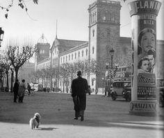 Barcelona 1952.Plaça Universitat. Foto:Català-Roca