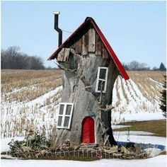 Gnome house - love this ! The best use of a cut down tree Ive seen. Just outside of Princeton Ontario.