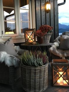 Outdoor Spaces, Outdoor Living, Cosy Home, Mountain Cottage, Green Rooms, River House, Cottage Living, Home And Deco, Interior And Exterior