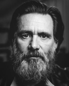 is love jim carrey Art Photography Portrait, Face Photography, Famous Portraits, Celebrity Portraits, Jim Carrey, Black And White Portraits, Interesting Faces, Man Photo, Male Face