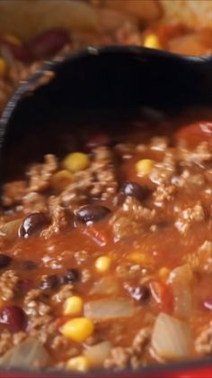 Quick and Easy Taco Soup Recipe is filled with ground beef, beans, corn and taco seasoning. It's a quick dinner that uses lots of pantry staples! dinner recipes with ground beef Quick and Easy Taco Soup Quick And Easy Taco Soup Recipe, Easy Soup Recipes, Chili Recipes, Mexican Food Recipes, Dinner Recipes, Cooking Recipes, Health Soup Recipes, Beef Broth Soup Recipes, Quick And Easy Recipes