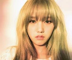 """Oh My Girl's Mimi """"Windy Day"""" promotional picture."""