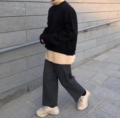 Look Fashion, Korean Fashion, Mens Fashion, Fashion Outfits, Cool Outfits, Casual Outfits, University Outfit, Inspiration Mode, Minimal Fashion